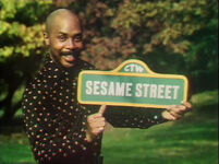 0950 Sesame sign