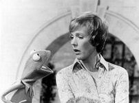 Kermit and Julie (One Step Into Spring, 1978)