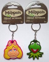 2007 keychains kermit piggy