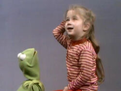 Kermit-Joey-Up