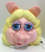 Play by play muppets inc 1997 miss piggy and kermit face plush nylon 5