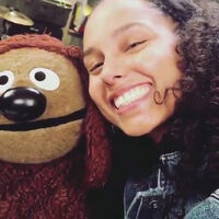 Alicia Keys and Rowlf