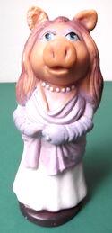 Biserka miss piggy rubber toy 1980 yugoslavia 1