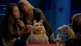 Muppets Now 104 Miss Piggy