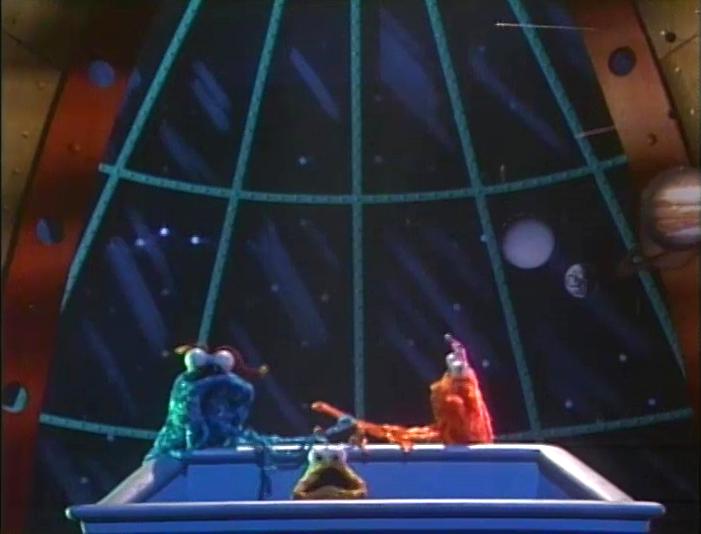 Muppets Gonzo Martian Family (Yip Yi...