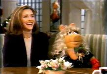 TheView-MissPiggy&MeredithVieira-(1997-12-19)-15