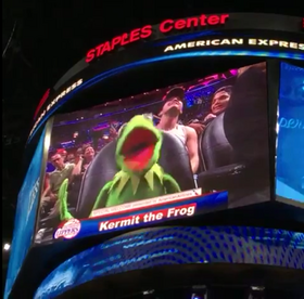 Kermit Bust a Move