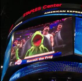 Kermit Bust a Move