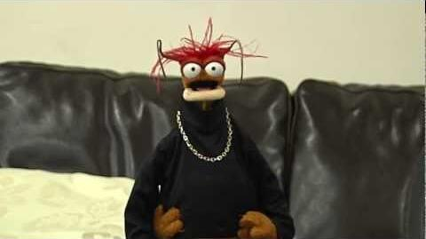 The Muppets Movie - Tweet Pepe The King Prawn your questions on 13th June! AskPepe