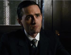 1317 Detective Edwards (Ben Sanders)