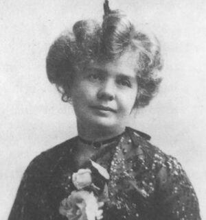 Louise Hawkins