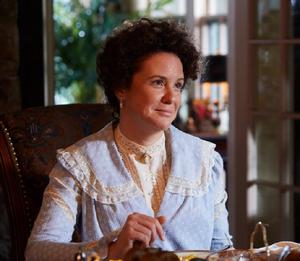 Dorothy McCallister (Angela Bresharah)