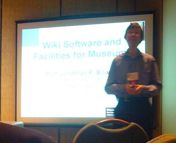 File:JPB at MW2008 wiki workshop.jpg