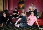R5 Couch