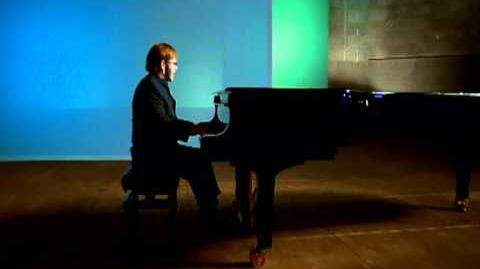 Elton John - Something About The Way You Look Tonight