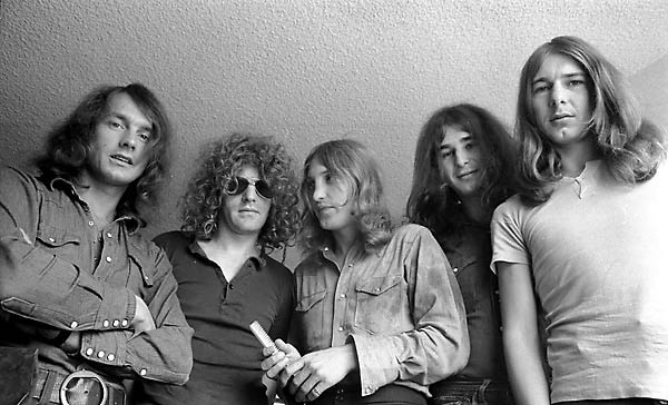 File:MottTheHoople.jpg