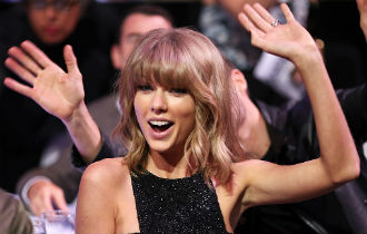 File:Taylor swift 330x210.jpg