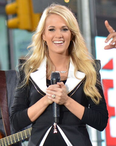File:815px-Carrie Underwood 2, 2012.jpg