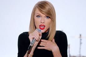 File:Shake it Off Music Video.png