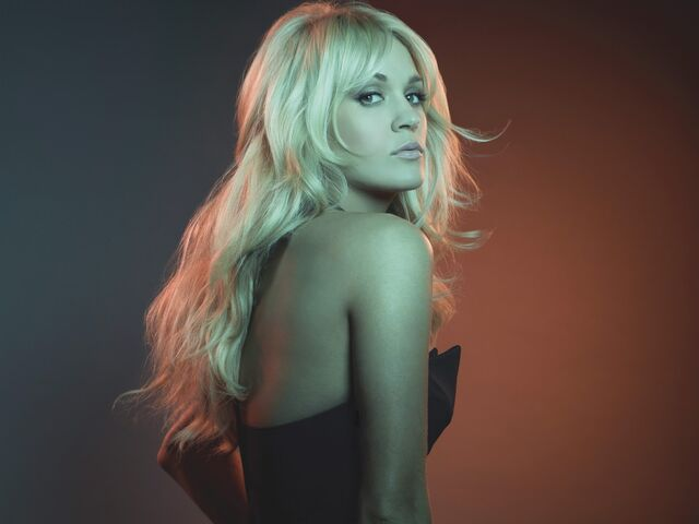 File:Carrie Underwood PR Shot 1.jpg