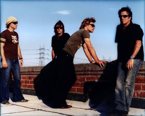 File:Bon Jovi 2002.jpg