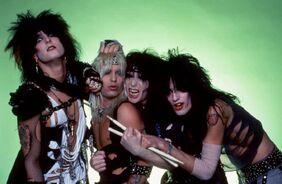 Motley-crue-1983