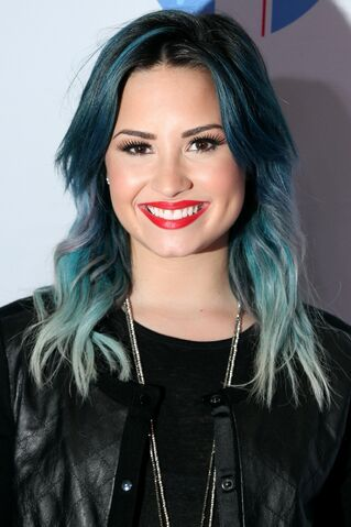 File:Demi-Lovato-Blue-Hair.jpg