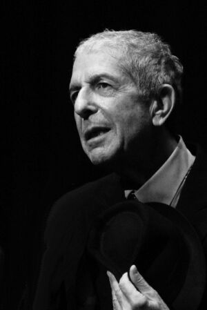 800px-Leonard Cohen 2187-edited