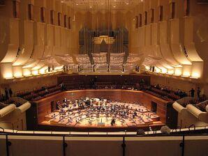 800px-SFSymphony Hall