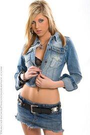 Chelsea Wheldon2