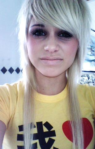 File:Blonde-scene-hair.jpg