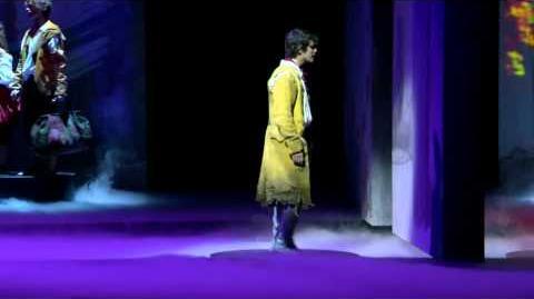 """1789, Les Amants de la Bastille, """"Tomber dans ses yeux"""" (Clip Officiel)"""