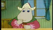 Reippailija-Hemuli syö hilloa