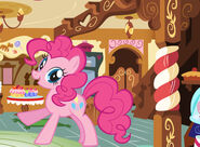 Mlpfim-character-pinkie-pie 570x420