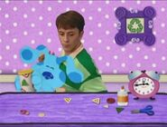 CLOCK, ALARM - LARGE ALARM CLOCK BELL RINGING Blue's Clues (14)