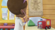 Doc McStuffins Hollywoodedge, Fire Truck Siren Clos PE081501