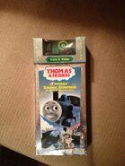 Thomas'SnowySurpriseVHSwithWoodenRailwayTrevor