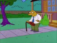 Simpsonsfootballinthegroin01