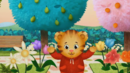 Daniel Tiger's Neighborhood Sound Ideas, BIRD, ROBIN - CALLING, ANIMAL