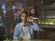 Bill Nye, the Science Guy Sound Ideas, CARTOON - BIG HEAD HIT AND BUMP RISE