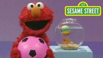 Sesame Street Play Ball! Elmo's World