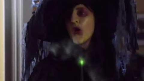 My Babysitter's a Vampire - Season 2 - Halloweird (S02E11) Promo 1