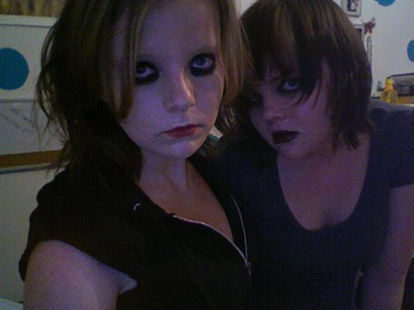 File:Tara and Raven.jpg