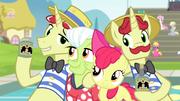 Flim, Flam, Granny Smith et Apple Bloom (S04E20)