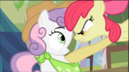 800px-1000px-Apple Bloom Threatening