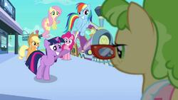 Peachbottom's welcoming committee S03E12