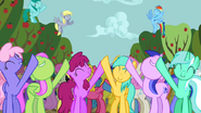 1000px-Ponies singing along 4 S2E15