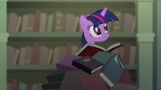 Twilight on a pile of books S04E03.png