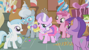 300px-Tiara Getting Attention S1E12