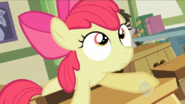 800px-1000px-Apple-Bloom-Frown-S2E12